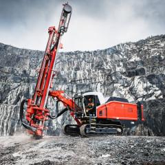 Sandvik выпустила новую буровую установку с погружным пневмоударником Leopard™ DI650i